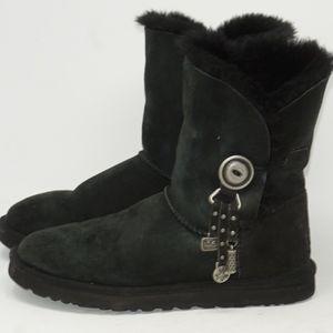UGG Azalea Short Black Bailey Boots 8